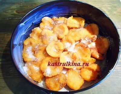 абрикосы в форме