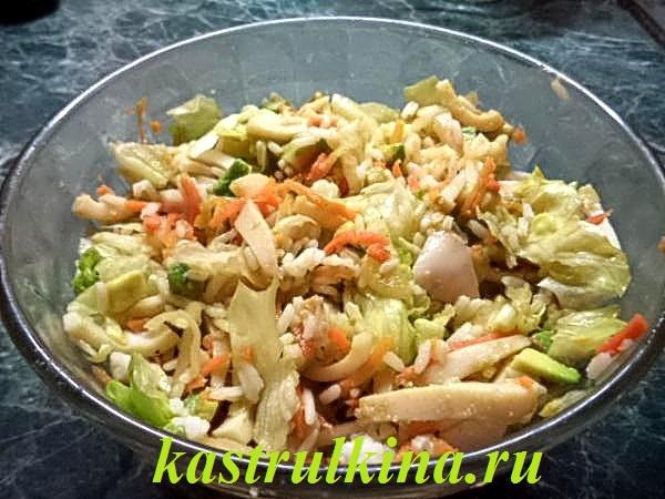 деликатесный салат с авокадо и кальмарами фото 12