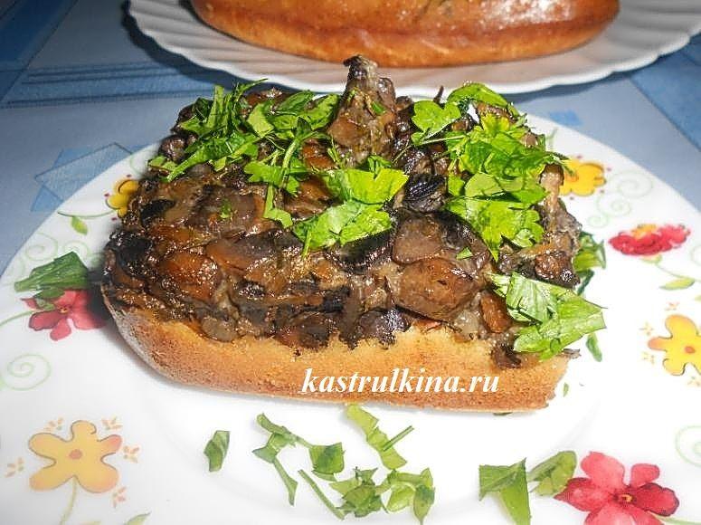 грибной пирог с начинкой из шампиньонов