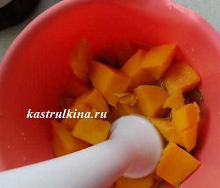 измельчаем фрукты и овощи блендером