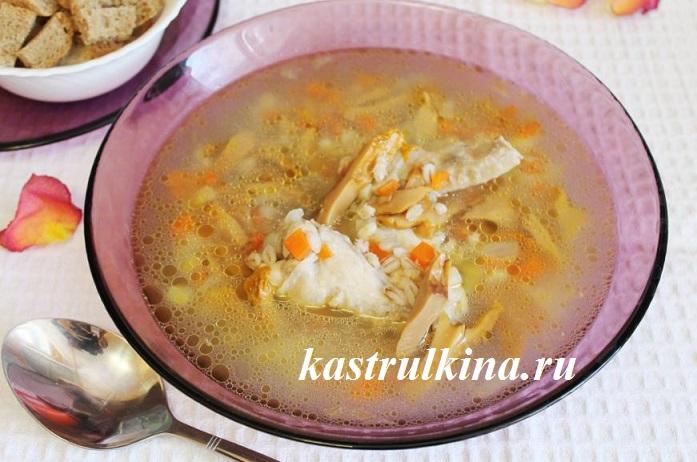 суп из соленых грибов  с перловкой фото