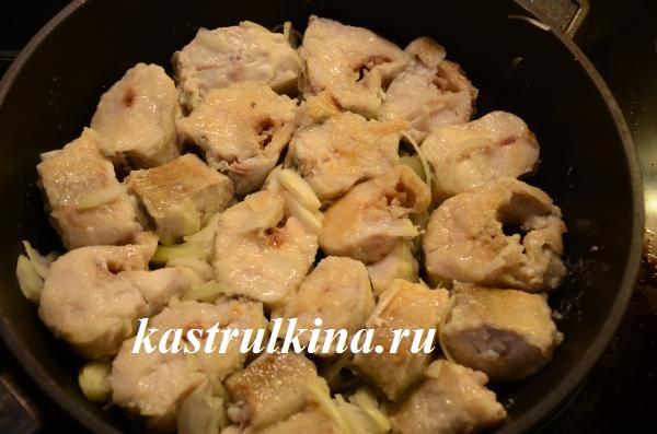 как приготовить вкусный минтай в сковородке фото 7