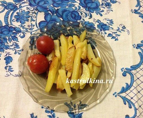 картошка, пожаренная на сковороде