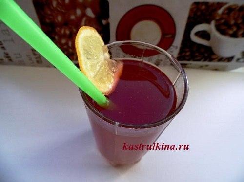 коктейль из ананасового сока с ромом и калиной