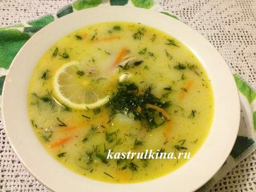Куриный суп с плавленным сыром и лимоном