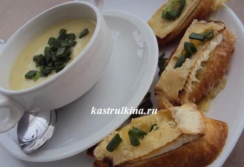 луковый крем-суп готов