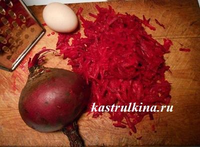 окрашивание пасхальных яиц свеклой в розовый цвет