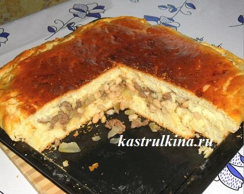 пирог с куриным фаршем и белой фасолью