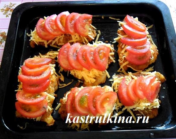положите на рыбу нарезанные помидоры фото 6