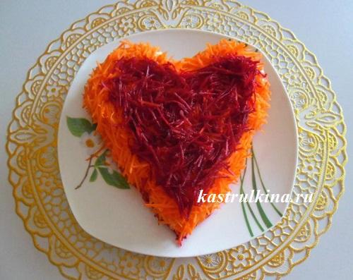 праздничный салат в форме сердца