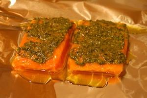 рецепт для запекания горбуши в фольге с томатами фото 3