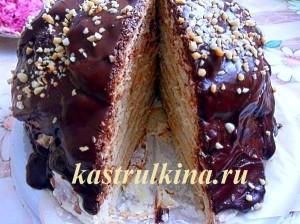 вкусный домашний тортика пенек с кремом из сметаны и сгущенного молока