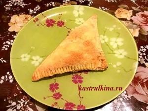 хачапури с сыром или творогом из слоеного теста фото