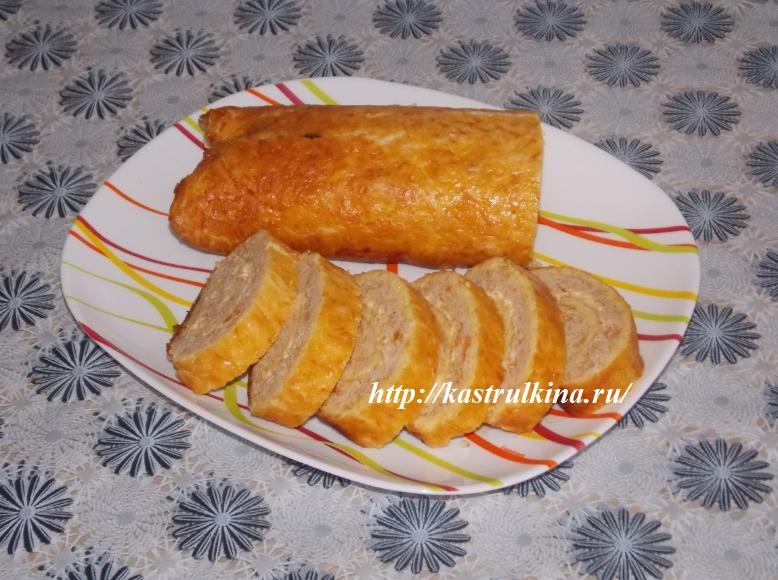 рулет из курицы и сыра готов