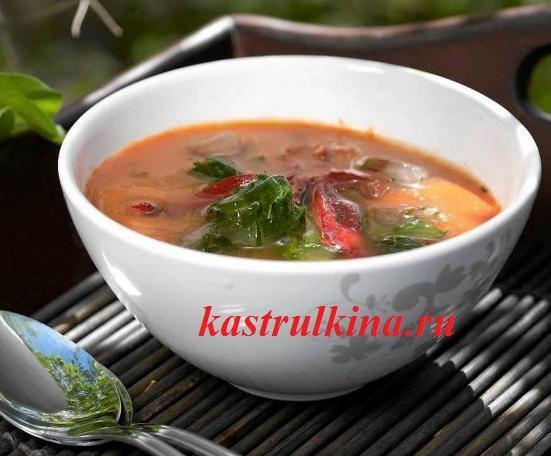 Холодный томатный суп с имбирем и сельдереем