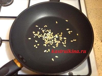 семечки подсолнуха поджарить на сковородке