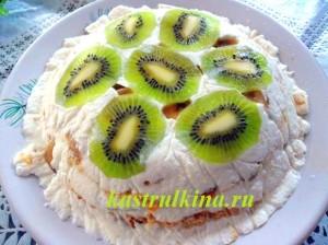 торт из печенья без выпечки со сметанным кремом