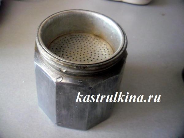учимся варить кофе в гейзерной кофеварке фото 3