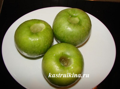 удалить сердцевину у яблок