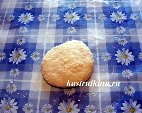 вымешиваем тесто для домашней яичной лапши фото 4