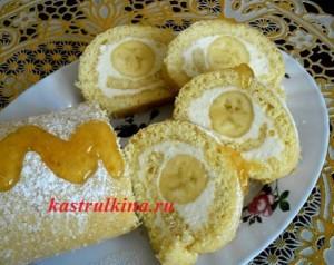 вкусный бисквитный рулет с творогом и бананом