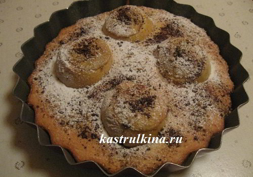 Необычный пирог – «яблоки в бисквите»