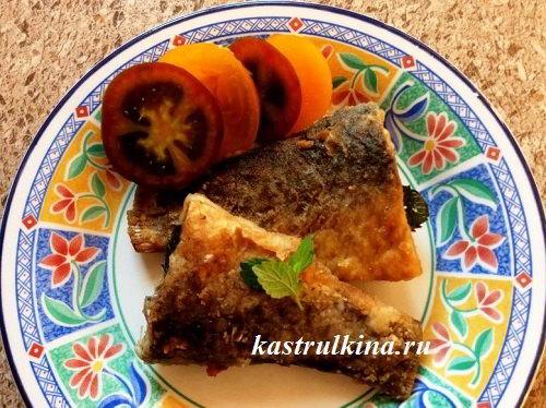 Жареная речная рыба с мятой
